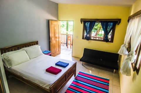 #3 PLAYA MADERAS-private room+ensuite@The Big Drop