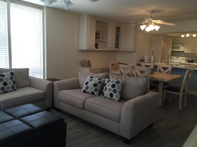 Great, beachfront condo on SPI - South Padre Island - Wohnung