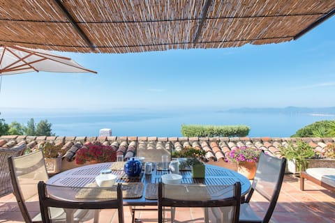 Beautiful villa with stunning views