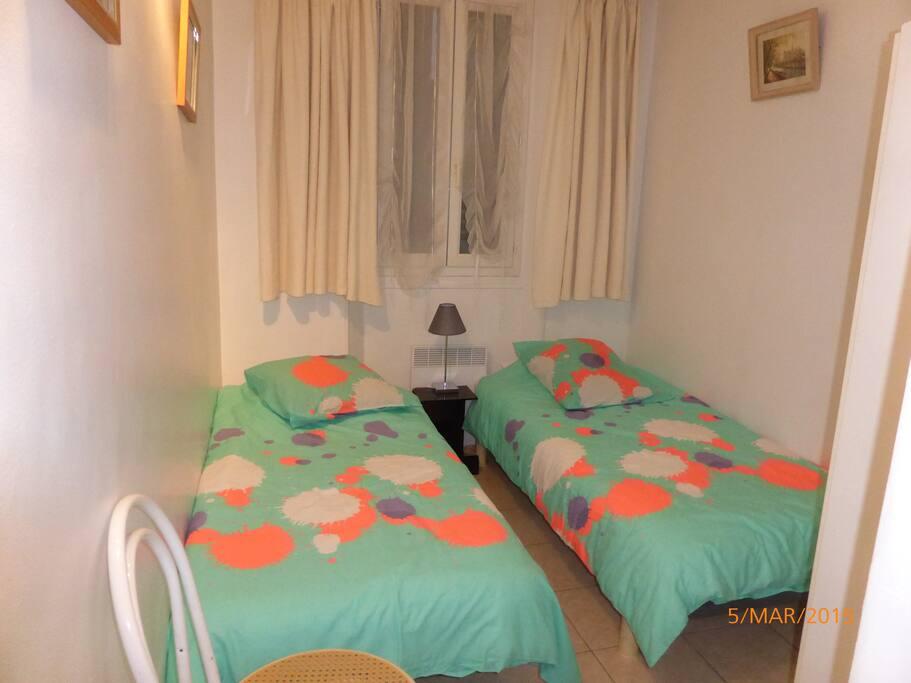 2e chambre 2 lits