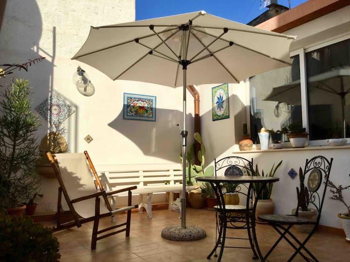 Estudio con terraza Mazara centro
