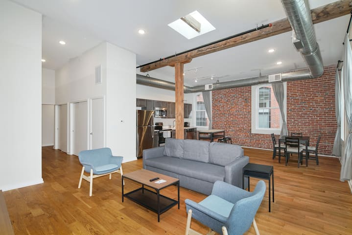 Spacious and Modern 2BR in Northern Liberties