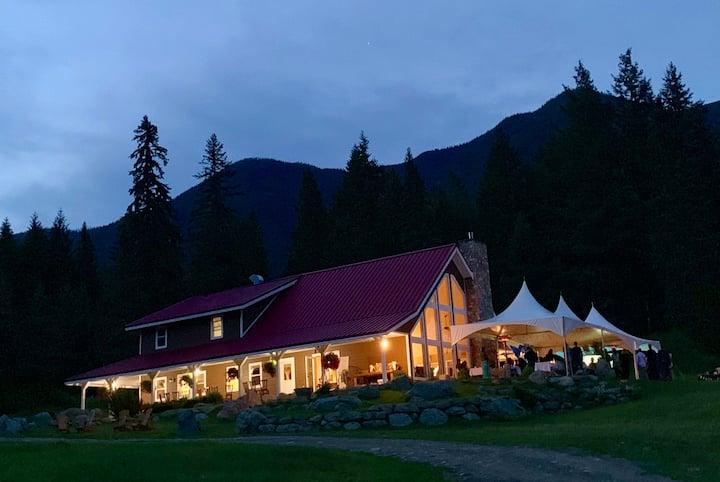 Entire Guest Lodge & 8 Boutique Cabins on 80 Acres