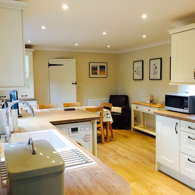 Stunning newly-fitted kitchen diner