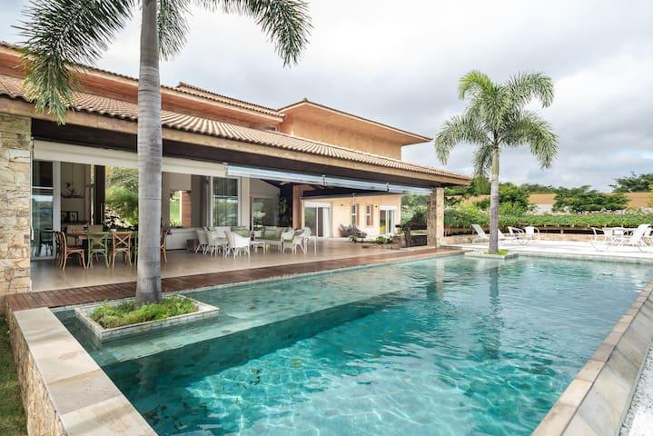 Magnífica na Quinta da Baroneza - 6 Suites