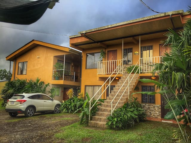 #7 Cozy Furnished Apt with A/C - La Fortuna - Leilighet