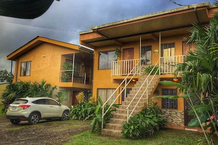 #7 Cozy Furnished Apt with A/C - La Fortuna - Apartament