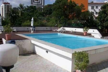 Bairro Nobre e seguro apartamento inteiro SALVADOR