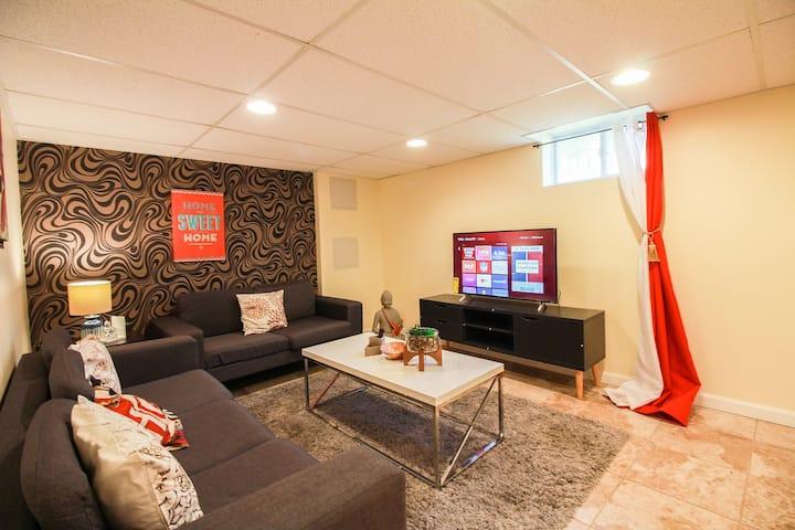 Arlington | Buddha | Lower Suite |Center|Clarendon