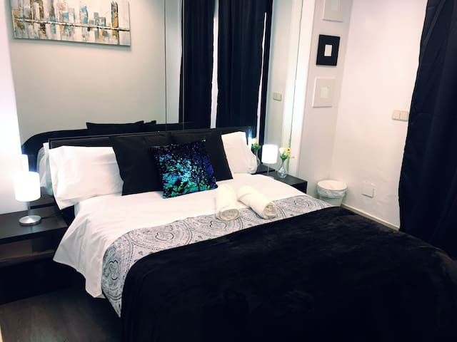 Great double room 10 min from the airport/Ifema 7O