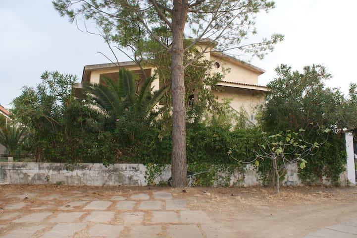 Splendida Villa con vista mare