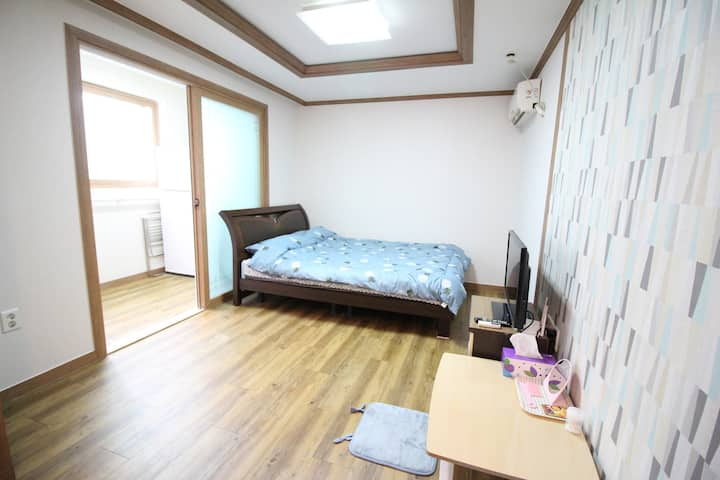 울산 중심가부근 잘 꾸며진 하우스(집천체)  downtown of Ulsan