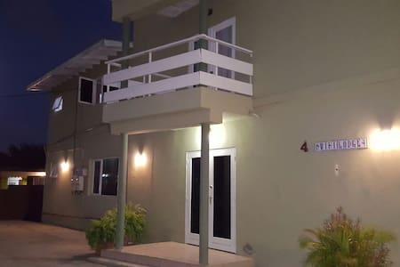 BLBP Kwihi Lodge #1 Aruba - Oranjestad - Huoneisto