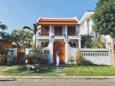 À οi Villa An Vien - Old Charm、プール&プライベートビーチ