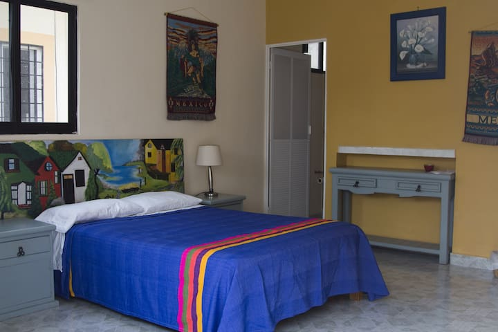Room in Playa del Carmen 5 blocks from the beach. - Playa del Carmen - Haus