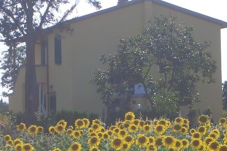 Tipical Tuscany farm,12 km fm beach - Manciano