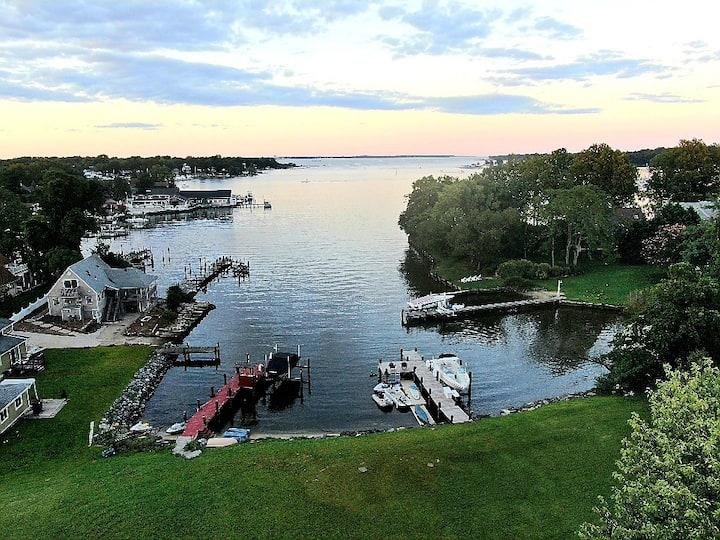 Chesapeake Cottages- 2 Quaint Waterfront Retreats