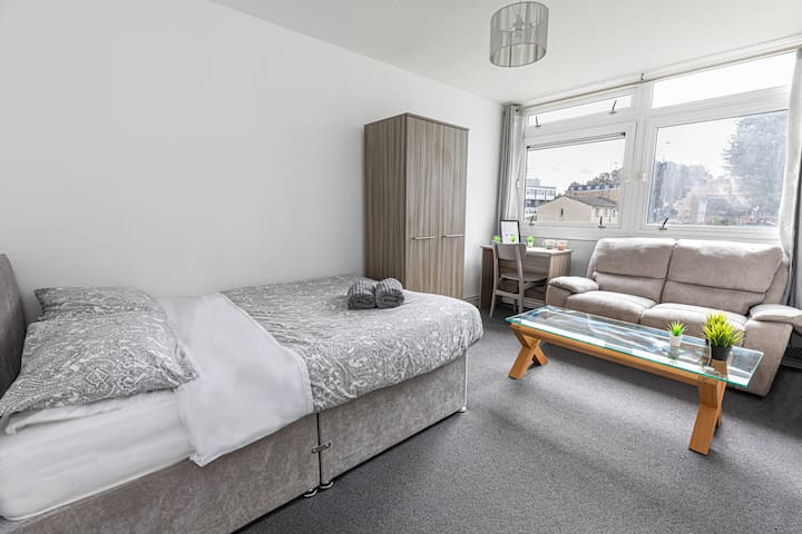 Double Room 19 - near Tower of London & Shoreditch