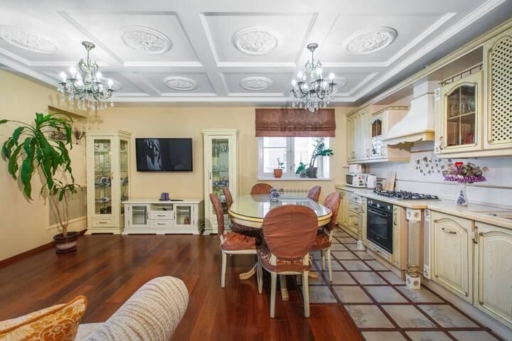 Апартаменты на Пугачева в классическом стиле
