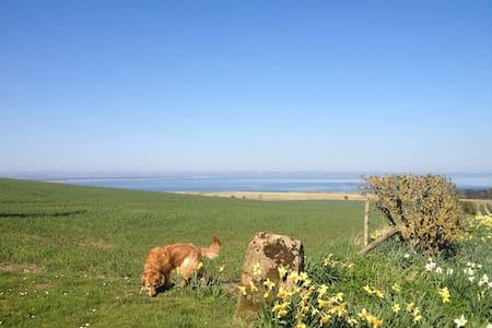 Farmhouse B&B with sea views. - Saint Andrews - ที่พักพร้อมอาหารเช้า