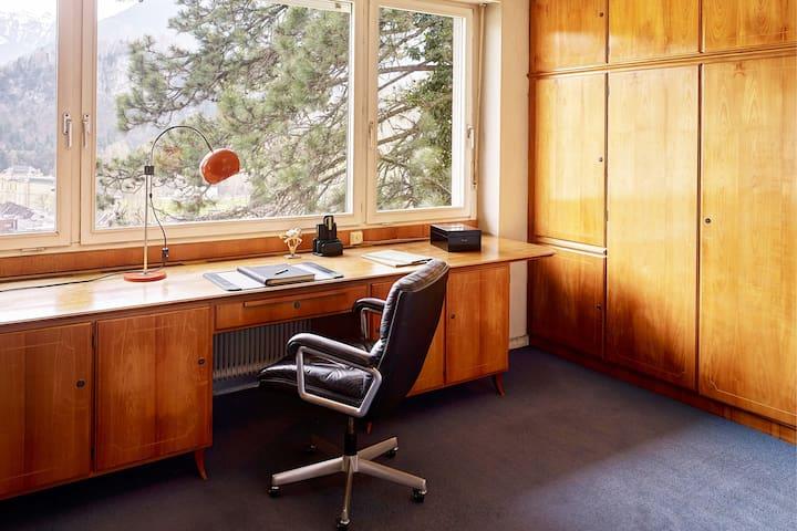 Privatzimmer inkl. Balkon mit Blick auf Feldkirch!