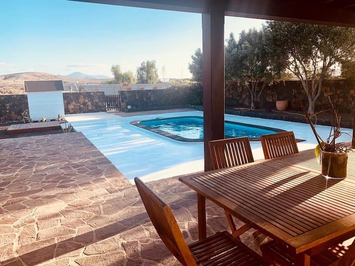 Alójate en el pueblo más mágico de Fuerteventura