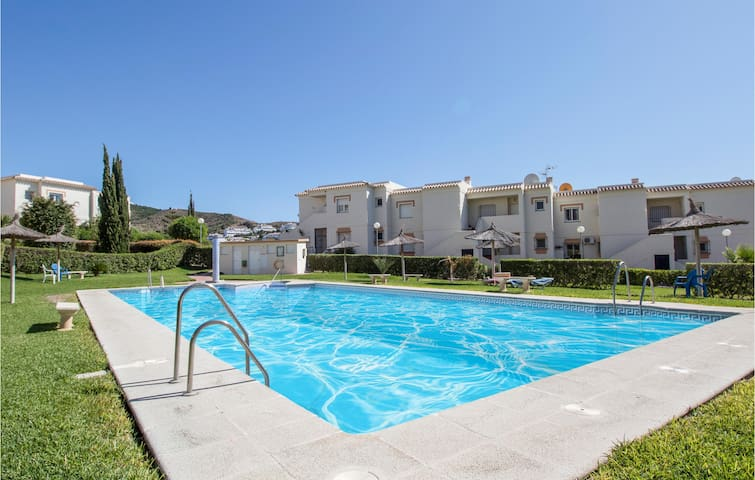 Holiday apartment with 2 bedrooms on 60m² in Torrox