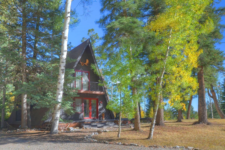 Durango Colorado vacation rental home Alpine View Cabin