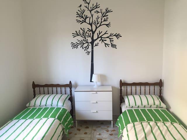Komfortable 3 Zimmerwohnung - Torregrotta - Apartment