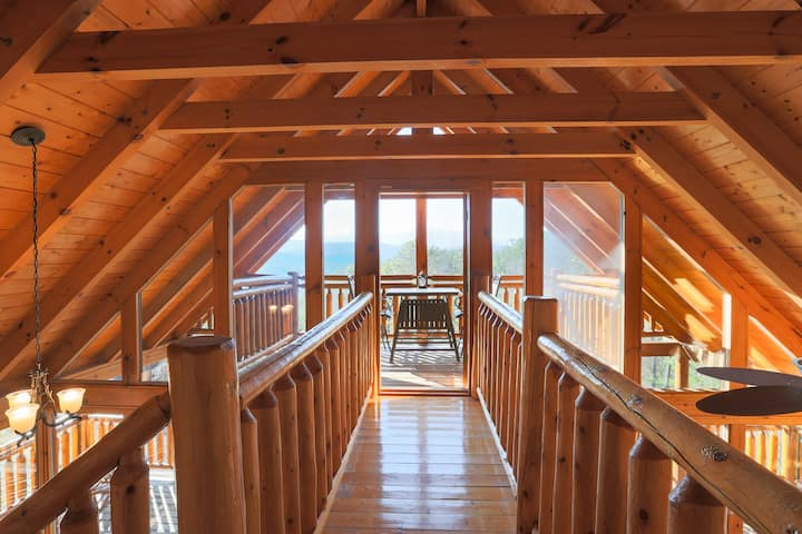 Secluded Log Cabin w/Mtn. Views, 3 Decks & Theater