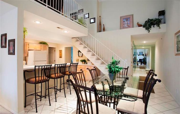 The Ledges, Spacious Luxury 4BRm/ 2BA Condo - Osage Beach - Condomínio