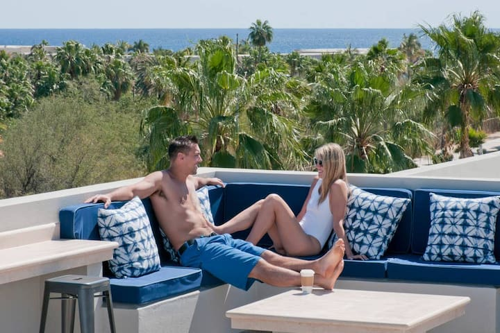 Cactus 1092 1A: Rooftop Pool! Modern, Clean, Cabo