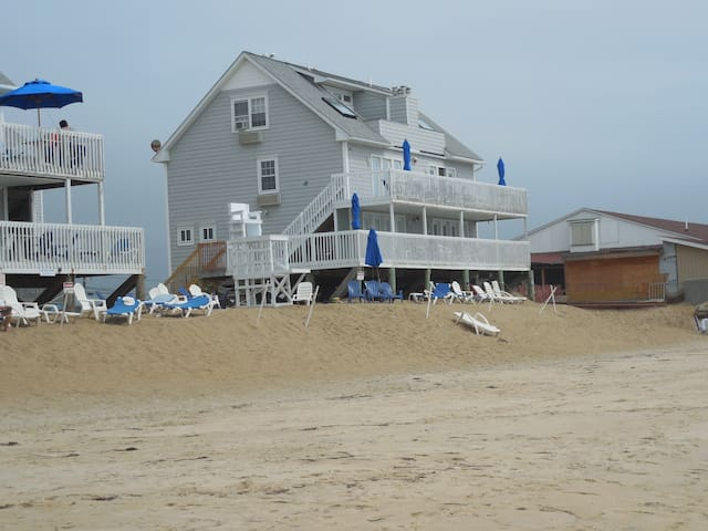 Misquamicut Beach, RI Atlantic Beach Casino Resort