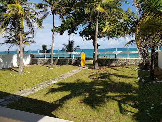 CASAMAR ITAPARICA - refúgio frente a praia