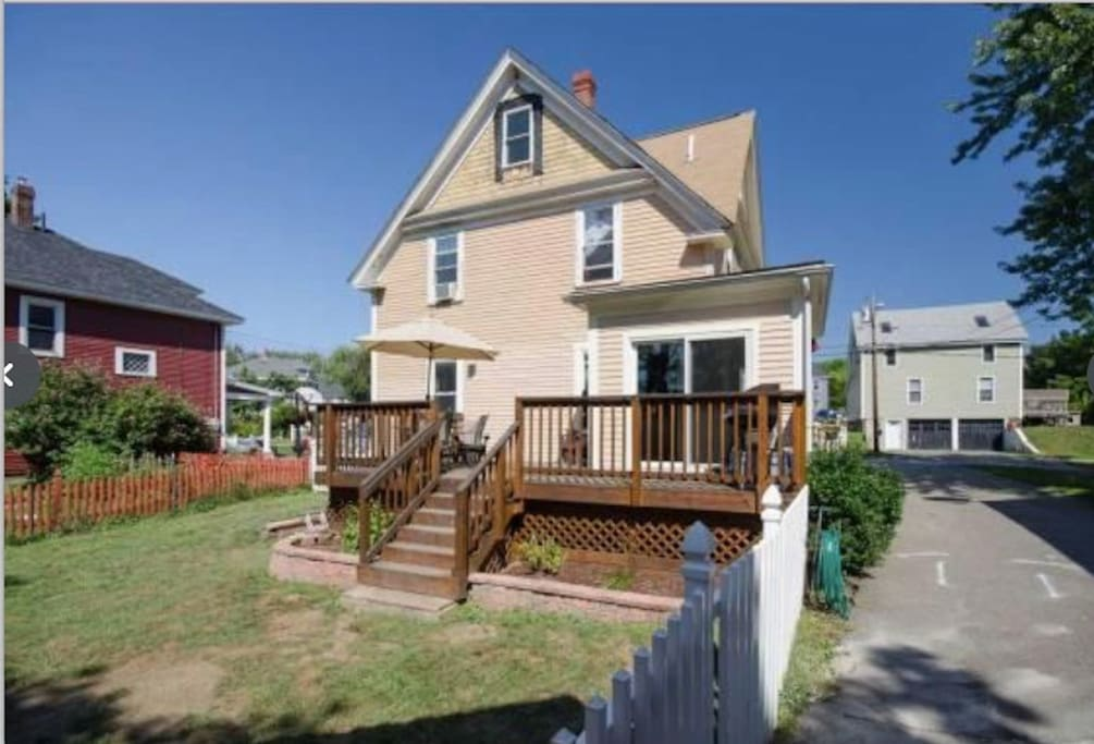 New Englander Style Home Houses For Rent In Dover New