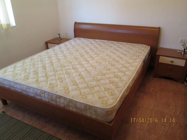 Спальня,double bed