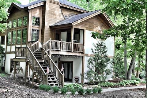 Luxury Rental on Boyne Mountain, 5 bedrooms/4 bath