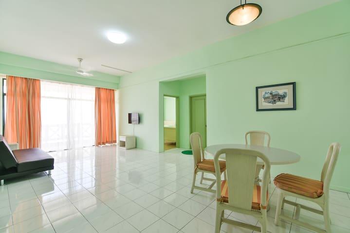 Mahkota City Homestay  (11 pax) - Malacca - Huoneisto