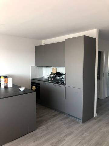 Bright room near CERN airport and easy access