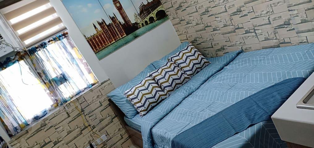 DaPat's Crib