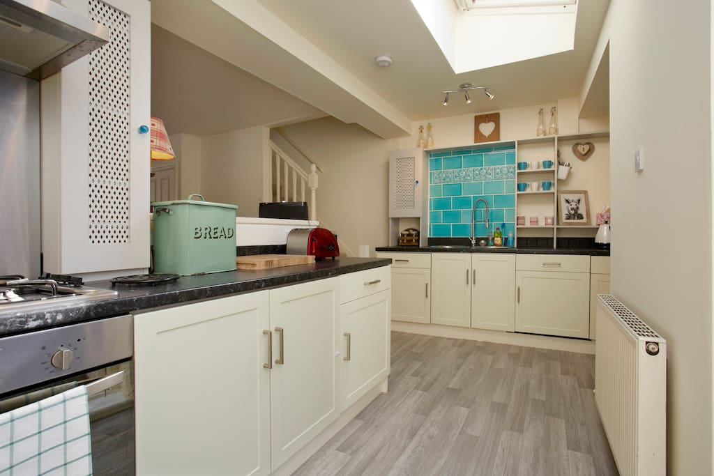 Lovely kitchen with all amenities