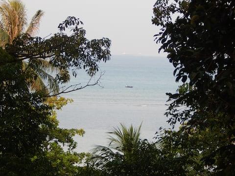 Spacious seaside villa set in peaceful resort
