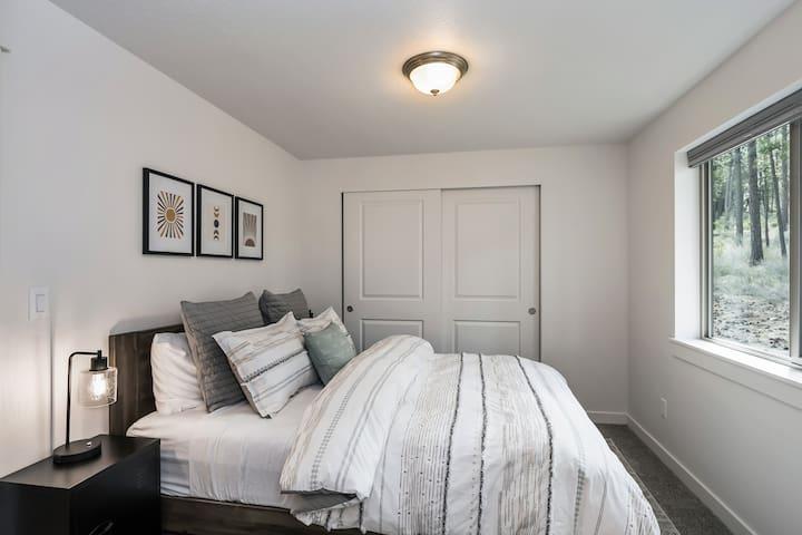 Bedroom One-Queen Bed