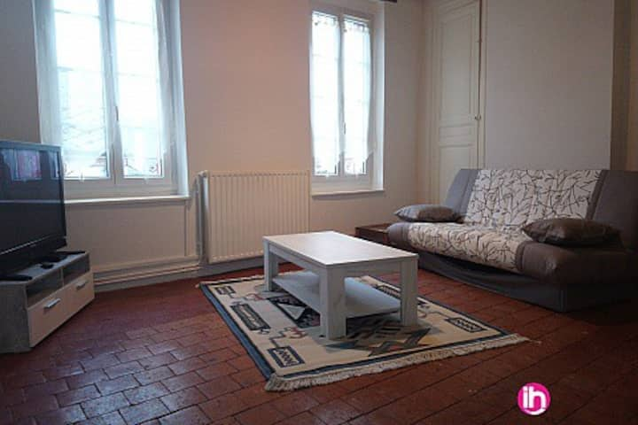 BRIARE APPARTEMENT T3 EN CENTRE VILLE