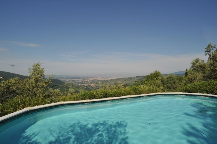 Charming country home Villa Merida Florence's Hill - Le Case San Romolo - Villa