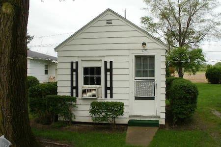 Cabin #116 - Huron - Kisház