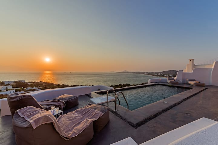 Villa Venti Naxos | Luxury Sea View Villa in Naxos
