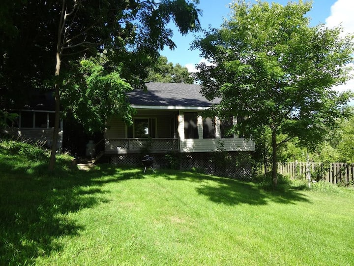 Rideauview - Simmons Cottages on the Rideau Canal