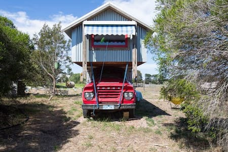 Torquay Farm Stay Studio Truck - Apartmen
