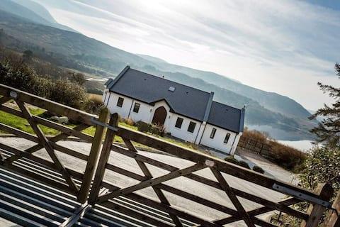 Lakefront Cottage - Dunlewey/Poisoned Glen/Errigal